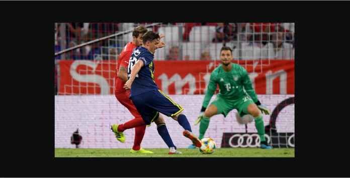 Bayern Munchen Pesta Gol ke Gawang Fenerbahce, Muller Hattrick
