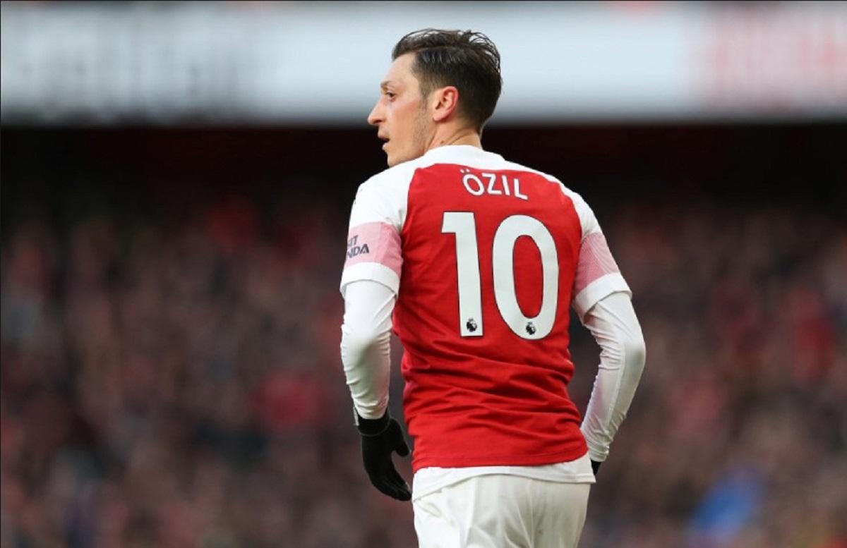 Arsenal Diyakini Lepas Mesut Ozil ke Fenerbahce - Gilabola.com