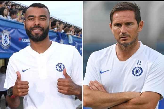 Ashley Cole Cuma Ambil Lisensi Pelatih di Chelsea