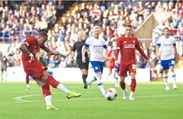 Liverpool Berpeluang Lepas Nathaniel Clyne ke Klub Lamanya