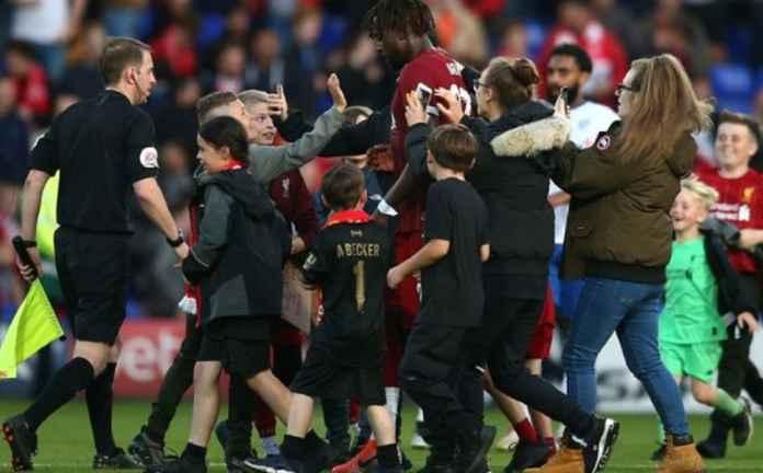 Liverpool Tak Selesaikan Masalah dengan Transfer