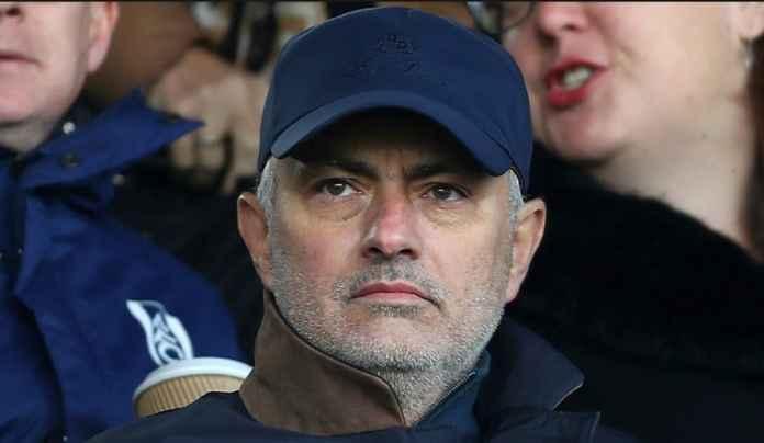 Jose Mourinho Berpeluang Latih Valencia
