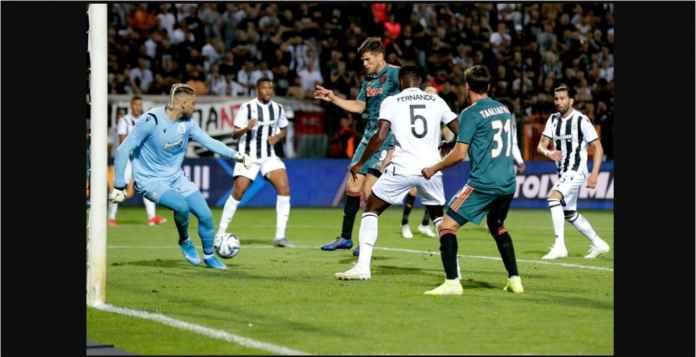 Ajax Amsterdam Selamat Main 2-2 Berkat Striker Tua Mantan Real Madrid