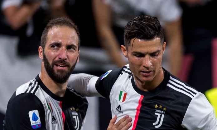 Gonzalo Higuain dan Cristiano Ronaldo - Juventus
