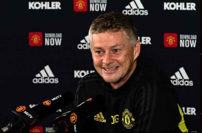 Pelatih Manchester United Klaim Masih Didukung Suporter