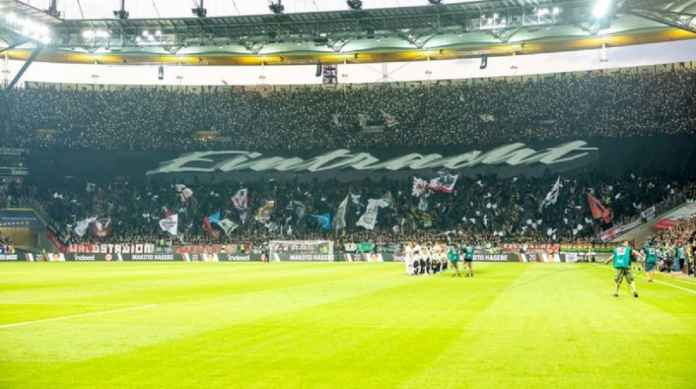 Eintracht Frankfurt Beri Peringatan Sebelum Menjamu Arsenal