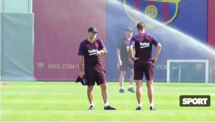 Ernesto Valverde Yakin Posisinya di Barcelona Aman