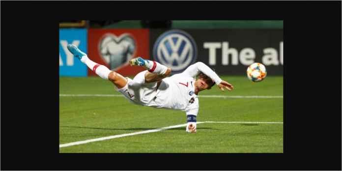 Tonton Video Cetak Empat Gol Ronaldo, CR7 Mengamuk di Lithuania