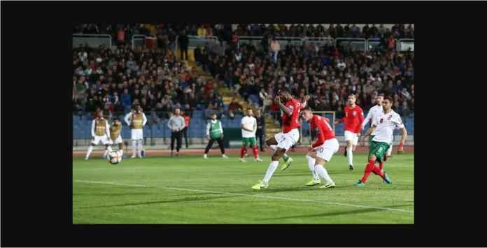 Pertandingan Bulgaria vs Inggris Bisa Dihentikan di Babak Kedua!