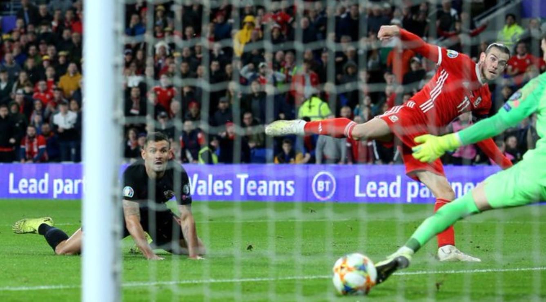 Gareth Bale cetak gol - Wales vs Kroasia