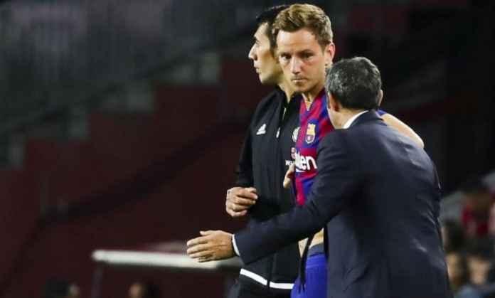 Barcelona Ditantang Segera Putuskan Nasib Ivan Rakitic