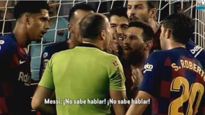 Lionel Messi Bela Ousmane Dembele Saat Diusir Wasit