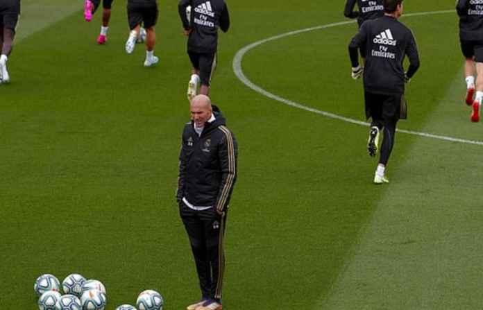 Zinedine Zidane Akui Real Madrid Menderita Sampai Akhir