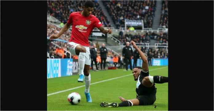 Manchester United Beruntung Tak Dijatuhi Hukuman Penalti