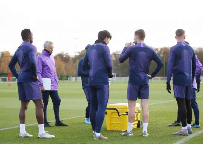 Jose Mourinho Isyaratkan Tottenham Hotspur Klub Inggris Terakhirnya