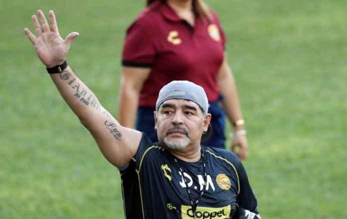 Politik Telah Gagalkan Diego Maradona di Gimnasia