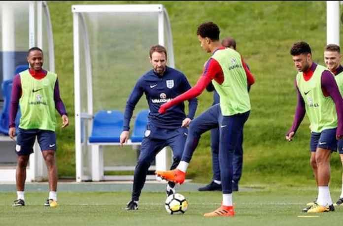 Timnas Inggris Mainkan Line-up Sangat Muda Kontra Montenegro