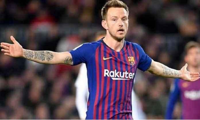 Barcelona Tolak Tawaran Klub Inggris untuk Ivan Rakitic