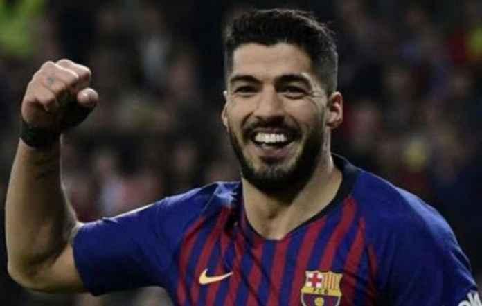 Luis Suarez siap tinggalkan Barcelona. Bintang asal Uruguay itupun sudah tetapkan tujuan barunya setelah tinggalkan Catalan.
