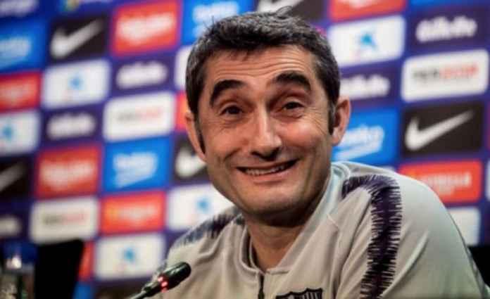 Pelatih Barcelona Tak Khawatir Bakal Dipecat, Ini Sebabnya