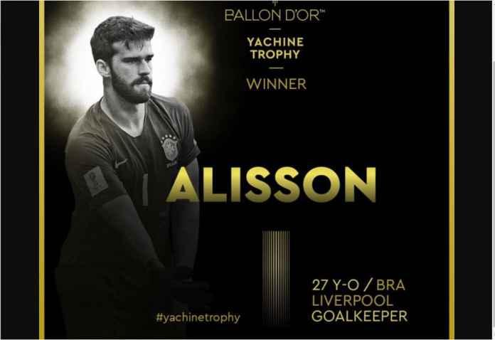 Alisson Becker Rebut Hadiah Pertama Yachine Trophy