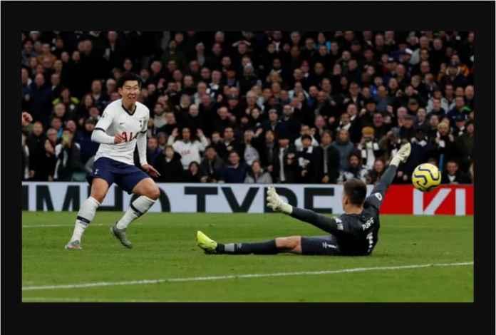 Tottenham Mengamuk, Tiga Gol Dalam 32 Menit