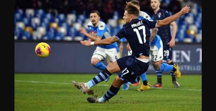Napoli vs Lazio Diwarnai Drama Dua Kartu Merah, Immobile Gagal Penalti