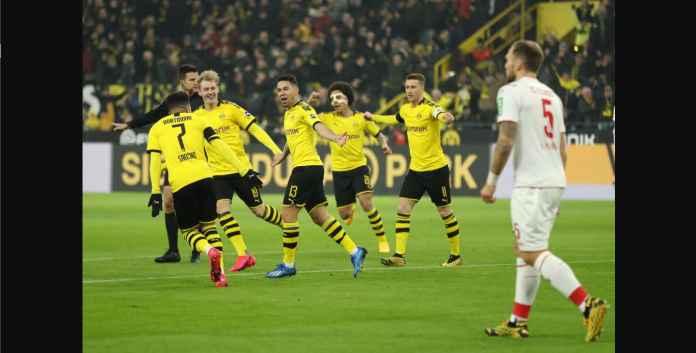 Borussia Dortmund Menang 5-1, BVB Samai Poin Bayern Munchen