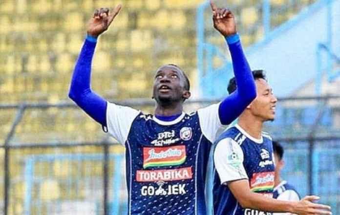 Arema FC Gagal Pertahankan Makan Konate, Ini Calon Penggantinya