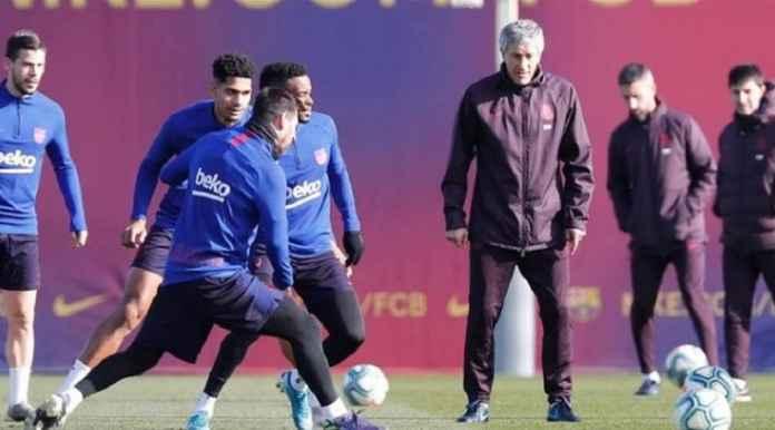 Quique Setien Peringatkan Pemain Barcelona Soal Tiga Trofi