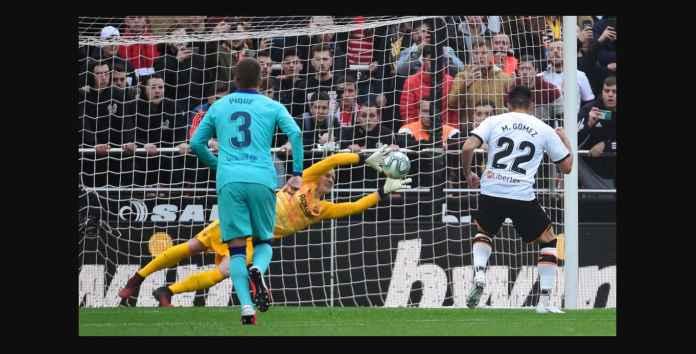 Kiper Barcelona Tiga Penyelamatan Hebat Tapi Tetap Kalah 2-0