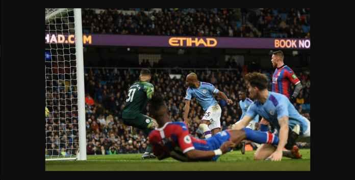 Liverpool Bisa Juara Lebih Awal Usai Gol Bunuh Diri Fernandinho
