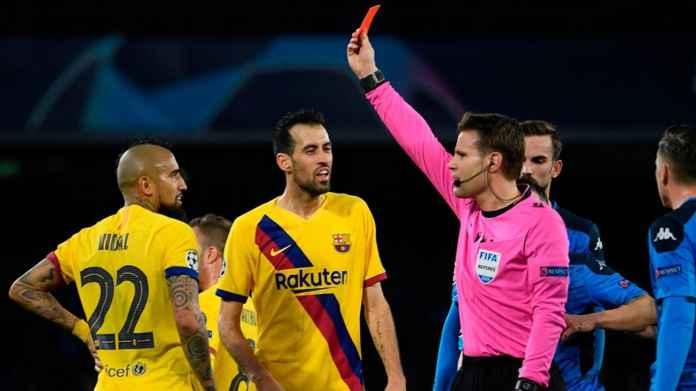 Barcelona tanpa Sergio Busquets dan Arturo Vidal di leg kedua melawan Napoli