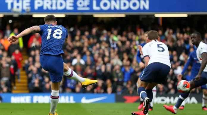 Olivier Giroud Lolos Dari Jebakan Offside, Bawa Chelsea Unggul 1-0