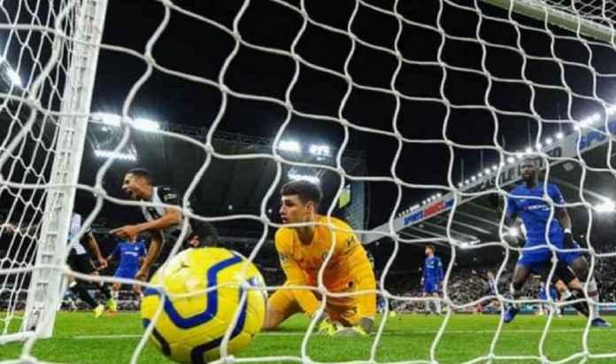 Chelsea Menawarkan Pertukaran Kiper Atletico Madrid