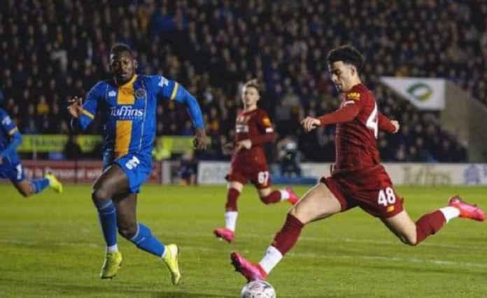 Bintang Muda Liverpool Berpeluang Samai Rekor Luis Suarez di Piala FA