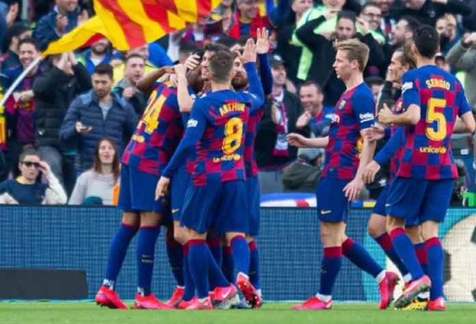 Quique Setien Kembali ke 4-4-2 di Barcelona vs Eibar