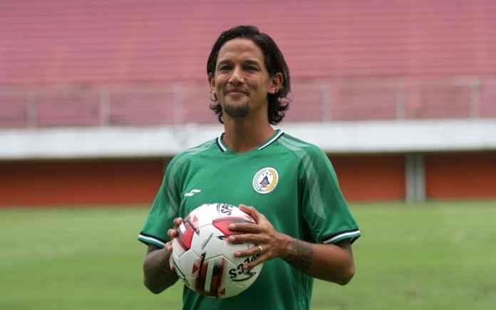 Resmi Gabung ke PSS Sleman, Irfan Bachdim Siap Buktikan Kualitas