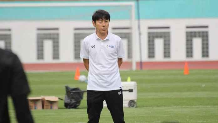 Stefano Lilipaly : Shin Tae Yong Pelatih Disiplin