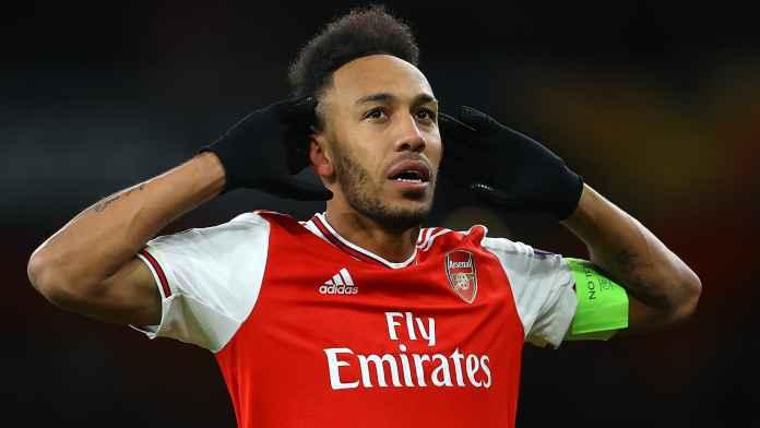 Aubameyang Diminta Legenda Ini Untuk Bertahan di Arsenal