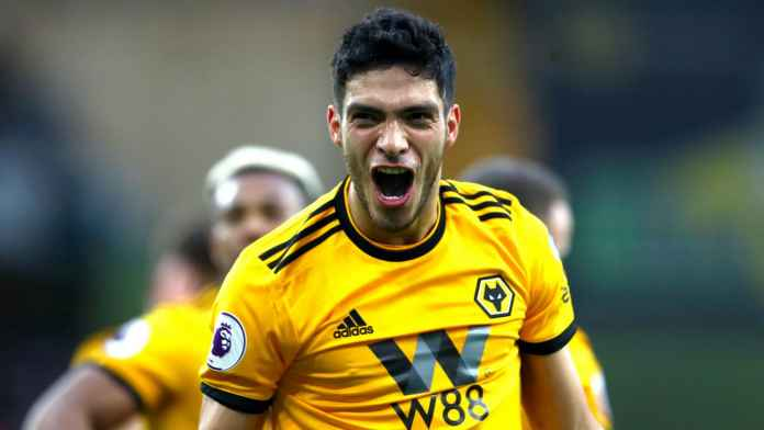 Diminati Klub Top, Raul Jimenez Enggan Dilepas Wolverhampton