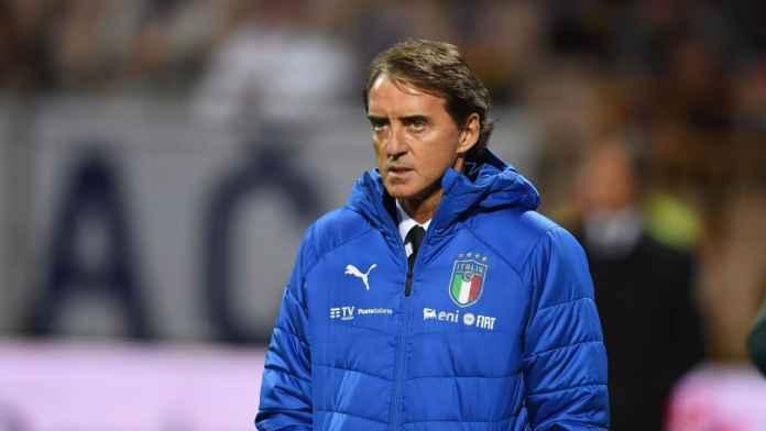 Roberto Mancini: Sepakbola Saat Ini Tidak Penting, Tapi ...