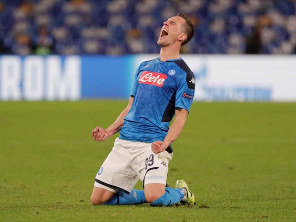 Milik Kontrak Napoli