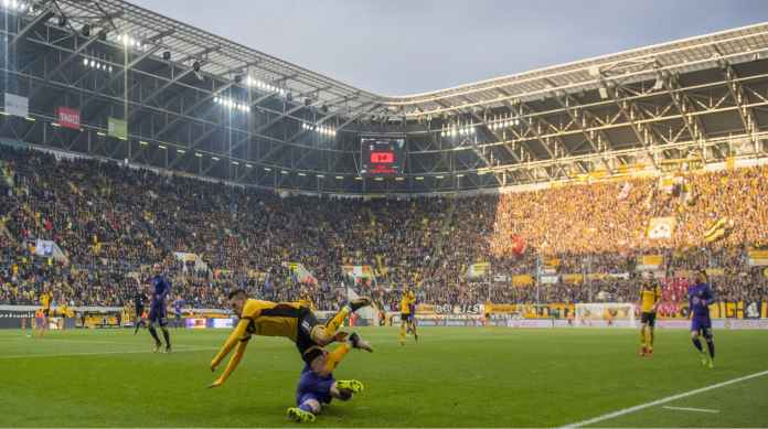 Minggu Depan Liga Jerman Mau Mulai, Hari Ini Malah Ketularan