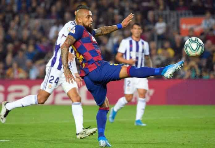 Arturo Vidal Incar Gelar Ke-9 Berturut-turut Bersama Barcelona