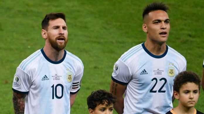 Surat kabar Argentina, Ole, mengeluarkan berita pada hari Kamis yang menyebutkan striker Inter Milan Lautaro Martinez akan segera merampungkan proses transfer ke Barcelona.