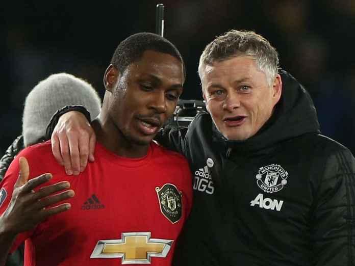 Odion Ighalo dan Ole Gunnar Solskjaer pelatih Manchester United