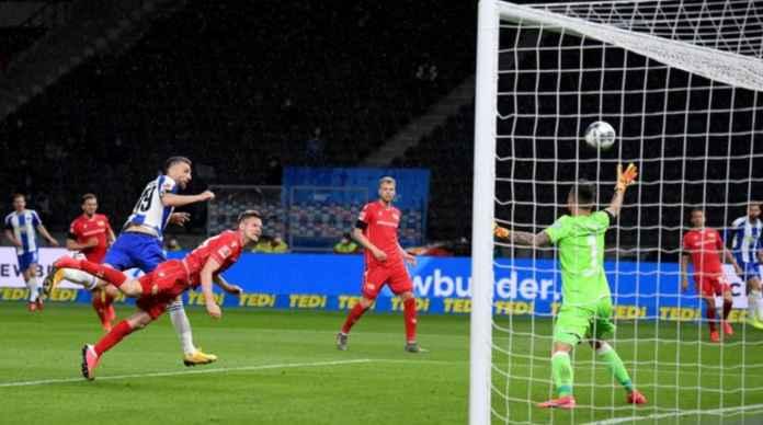 Anak Pengungsi Perang Ini Cetak 1 Gol, 2 Assist di Bundesliga Tadi Malam