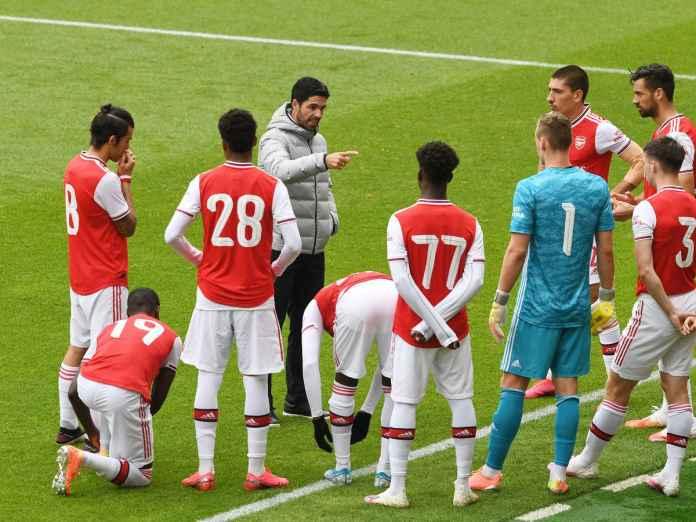 Arsenal Kalah Pada Laga Uji Coba, Legenda Ini Khawatir