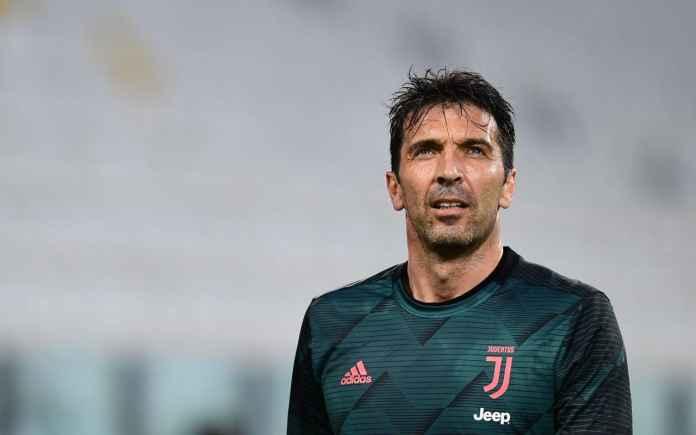 Gianluigi Buffon Tetap Jadi Pahlawan Meski Juventus Kalah